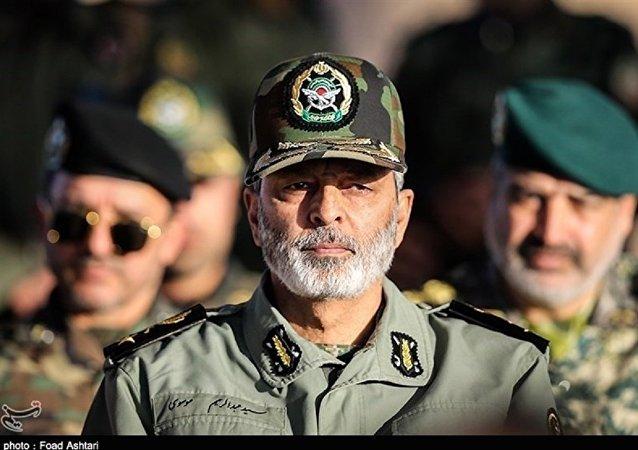 واکنش فرمانده کل ارتش به تهدید ترامپ