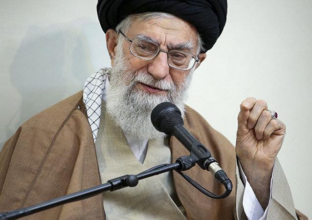 رهبر ایران در دیدار با امیر قطر: علت شرایط نامناسب کنونی منطقه فسادانگیزی آمریکاست