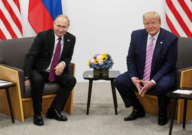 پوتین و ترامپ درباره مراحل کنترل تسلیحات بحث و گفتگو کردند