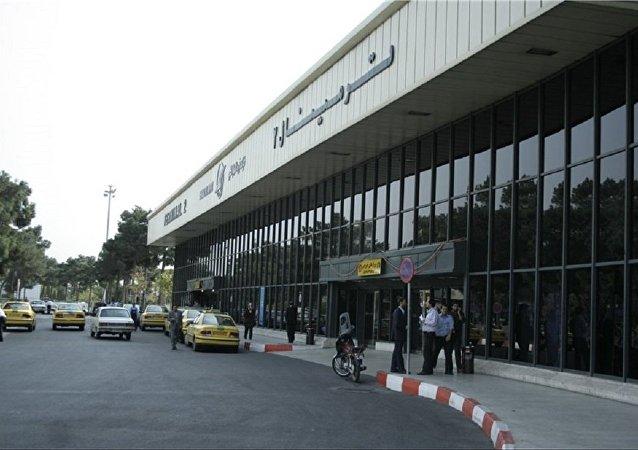 آیا فرودگاه مهرآباد را برای جلوگیری از شیوع کرونا پلمپ می کنند؟