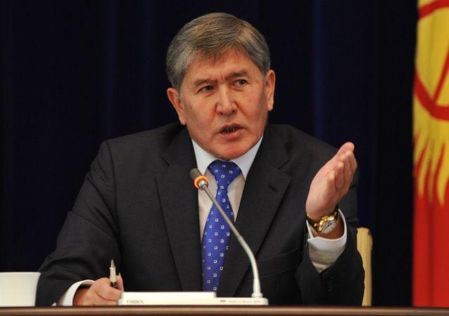 رئیس جمهور سابق قرقیزستان آتامبایف بازداشت شد