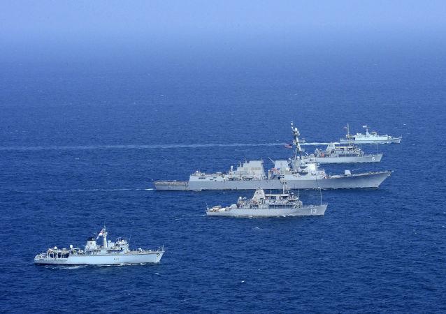 آمریکا تعقیب قایق هایش در خلیج فارس را تکذیب کرد