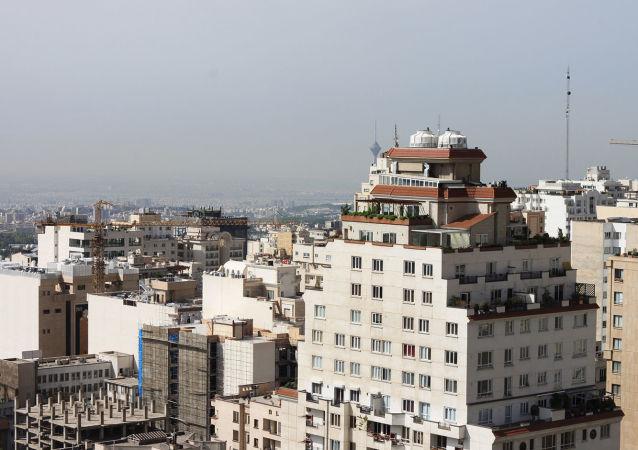 ۵۰ بنگاه املاک متخلف در استان یزد پلمب شدند