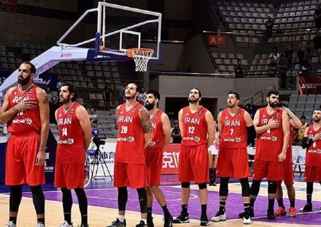 ماجرای بازداشت بازیکنان تیم ملی بسکتبال ایران چه بود؟