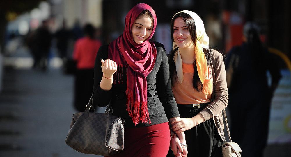 ادامه واکنشهای کاربران به رونمایی سایت همسریابی همدم در ایران