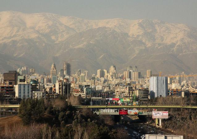 ۷۰ درصد کارمندان ادارات تهران از امروز دورکار می شوند