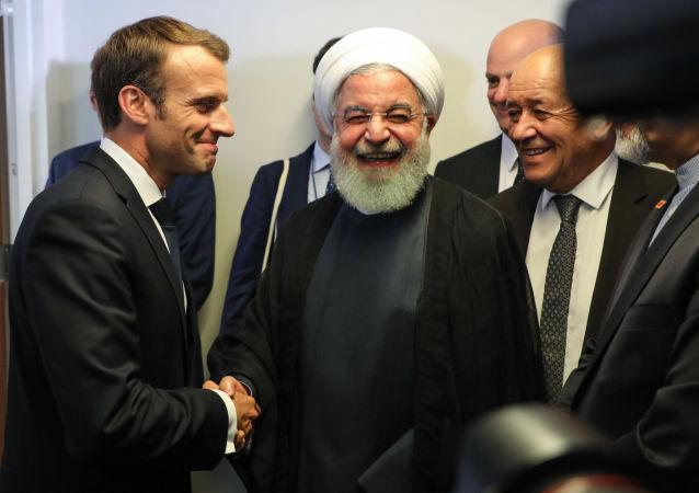 گفتگو روحانی و مکرون درباره ترور سردار سلیمانی