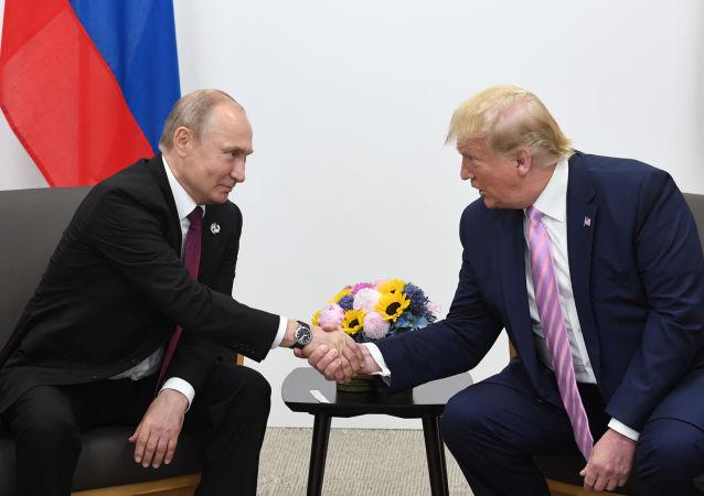 ترامپ و پوتین گفتگوی تلفنی انجام دادند
