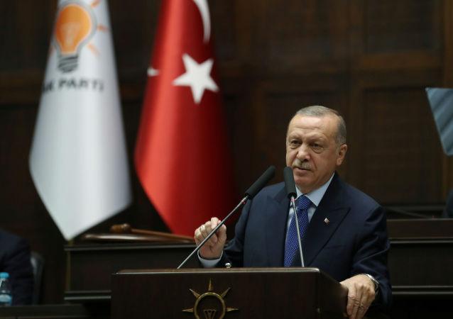 اردوغان: الحاق کریمه به روسیه را به رسمیت نمیشناسیم