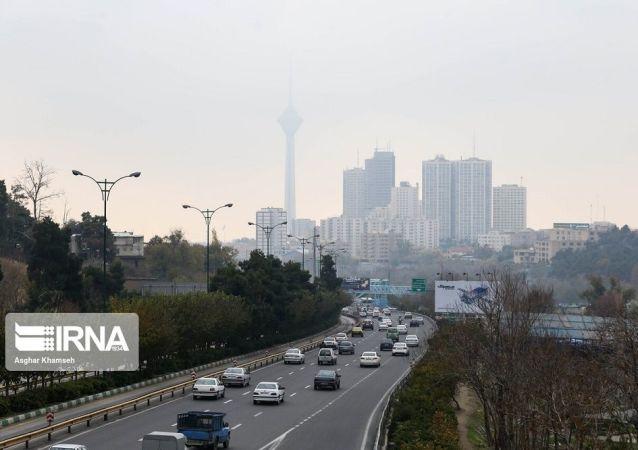 شرایط ناسالم هوای تهران برای همه گروههای جامعه