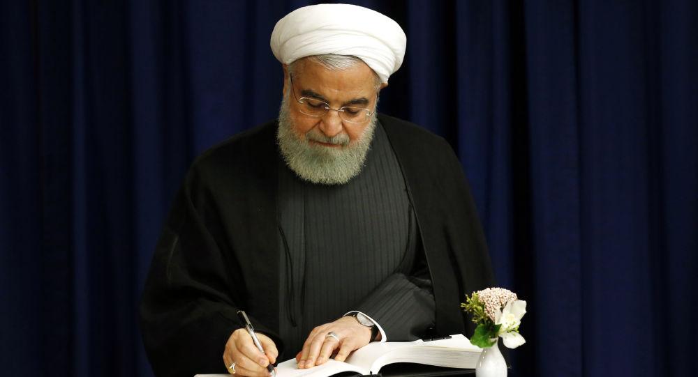 روحانی زمان آغاز واکسیناسیون کرونا در کشور را اعلام کرد
