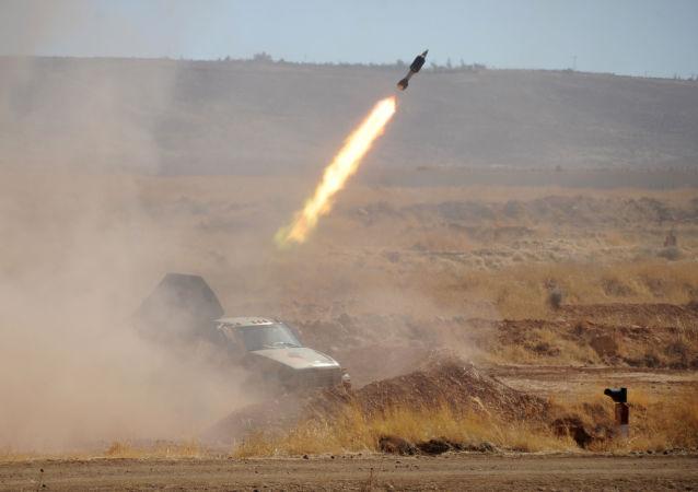 رسانهها از حمله موشکی به یک پایگاه آمریکا در سوریه خبر دادند