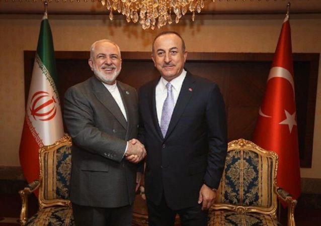 گفتگوی وزیران امور خارجه ایران و ترکیه