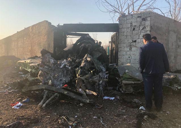 واکنش ها به انتقال جعبه سیاه هواپیمای اوکراینی سرنگون شده در ایران به فرانسه
