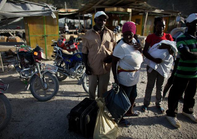 پنتاگون درخواست مقامات هائیتی برای اعزام نیرو جهت تثبیت اوضاع را بررسی می کند
