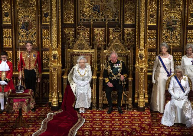 نام های رمزگذاری شده برای خانواده سلطنتی بریتانیا در هنگام سفر