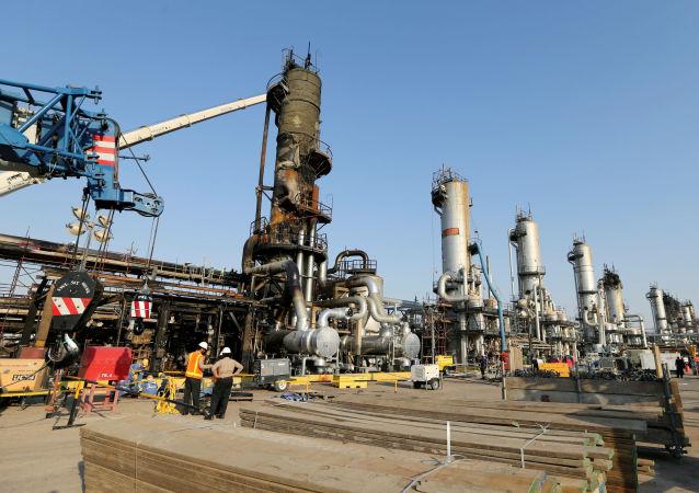 نفت برنت برای نخستین بار از 15 آوریل به بالای 30 دلار در هر بشکه رسید
