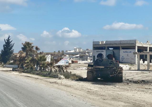 شبه نظامیان، موشک های سمی را به ادلب و حما منتقل کردند