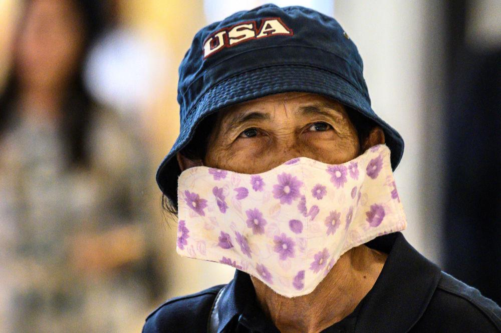 خریداری با ماسک در تایلند