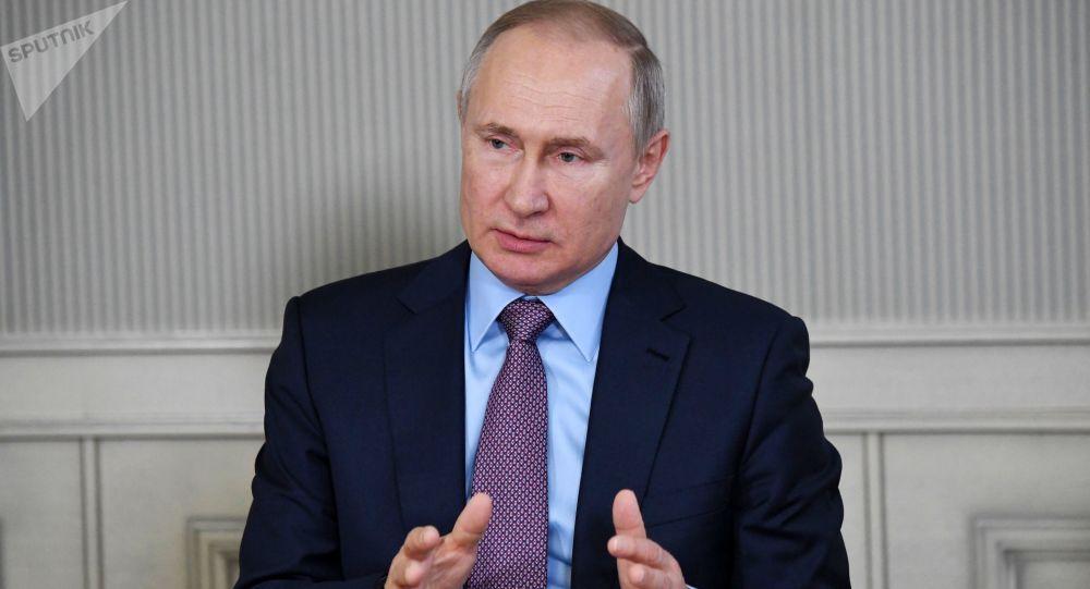 پوتین: رژیم قرنطینه در کشور تا 11 ماه مه تمدید شد