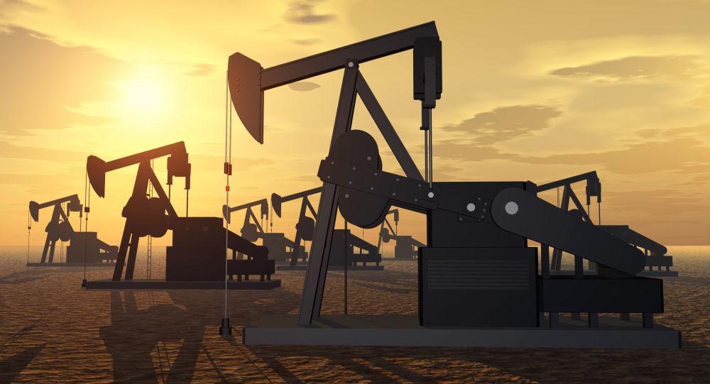 افزایش قیمت نفت در اثر کاهش غیر منتظره منابع ذخیره آمریکا