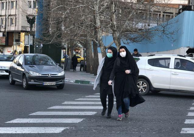 ماسک یارانهای در ایستگاه های مترو و اتوبوس شهر تهران توزیع می شود