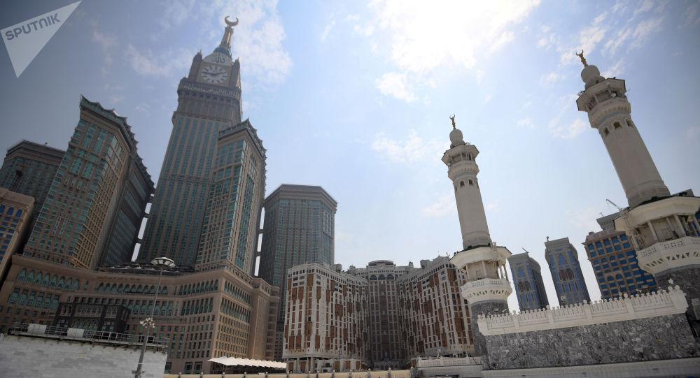 منع ورود شهروندان و دیپلمات های ۲۰ کشور به عربستان
