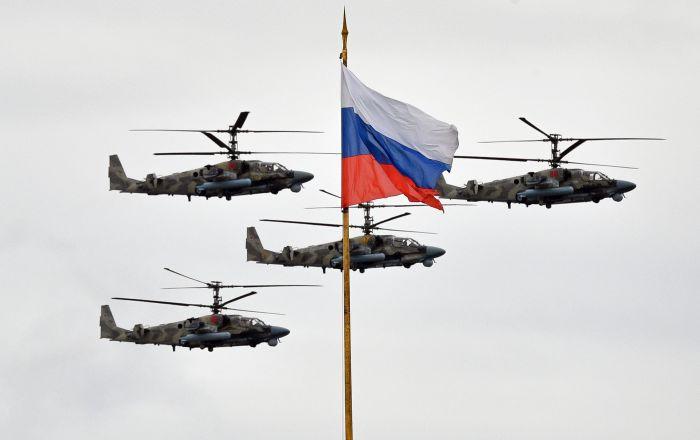 بالگردهای ضربتی کا ۵۲ در رژه روز پیروزی در مسکو