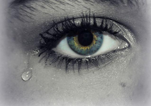 اشک چشم میتواند ناقل کروناویروس جدید باشد