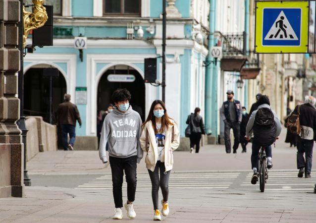 هشدار دانشمند در مورد خطر تولید طولانی مدت آنتی بادی کووید در بدن انسان ها