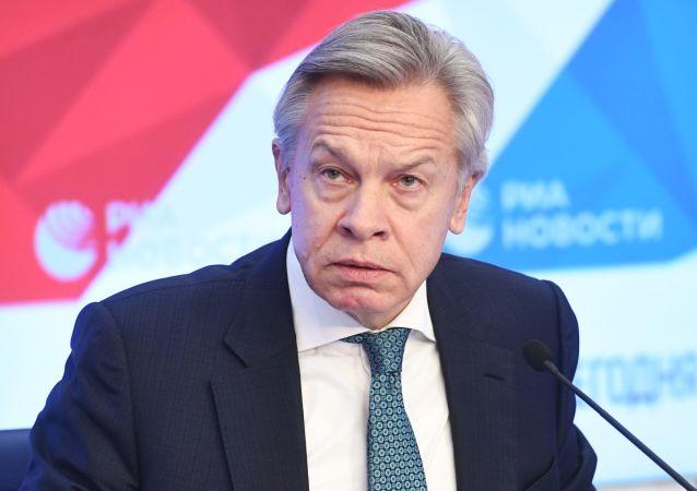 سیاستمدار مشهور روس: اقتصاد آمریکا یک حباب بزرگ مالی است