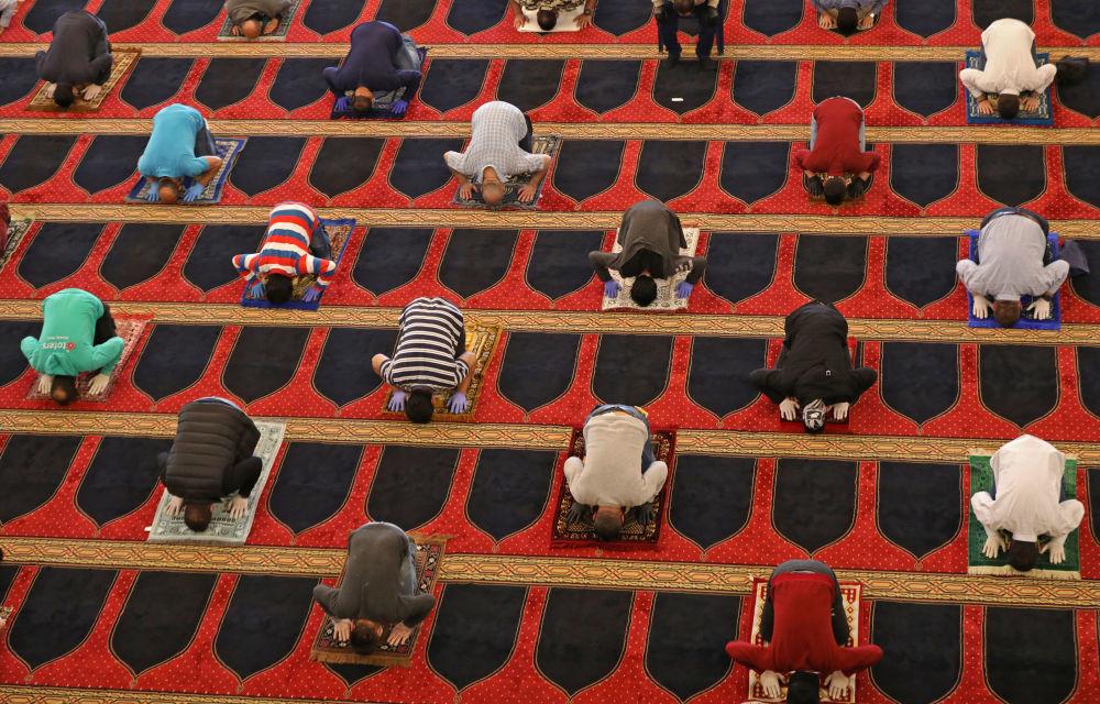 نماز جمعه در ماه رمضان در بیروت