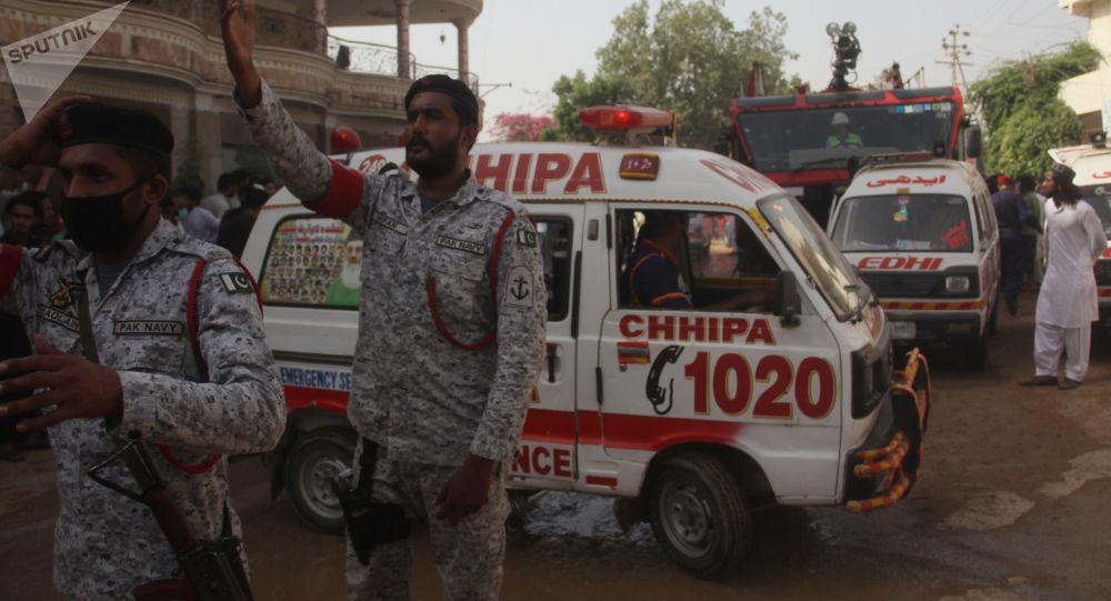 ۲۷ کشته در پی تصادف اتوبوس با کامیون در پاکستان