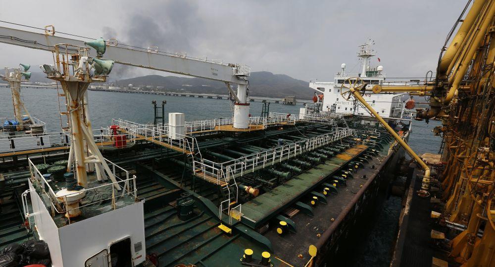 محموله جدید بنزین ایران به ونزوئلا رسید