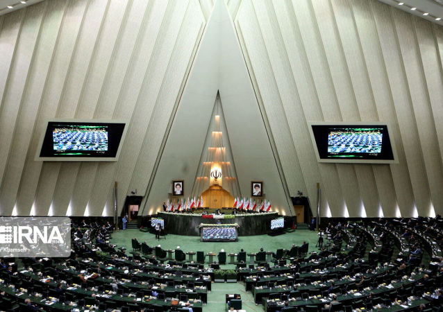 بیگی: ایران بخاطر شفقت و دلسوزی به ملت آذربایجان است که واکنش جدی نشان نمی دهد