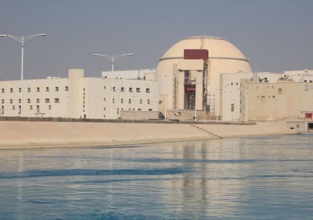 اولیانوف: پس از رفع تحریم ها علیه ایران، پرداخت بدهی ایران به روسیه در بوشهر در اولویت قرار بگیرد