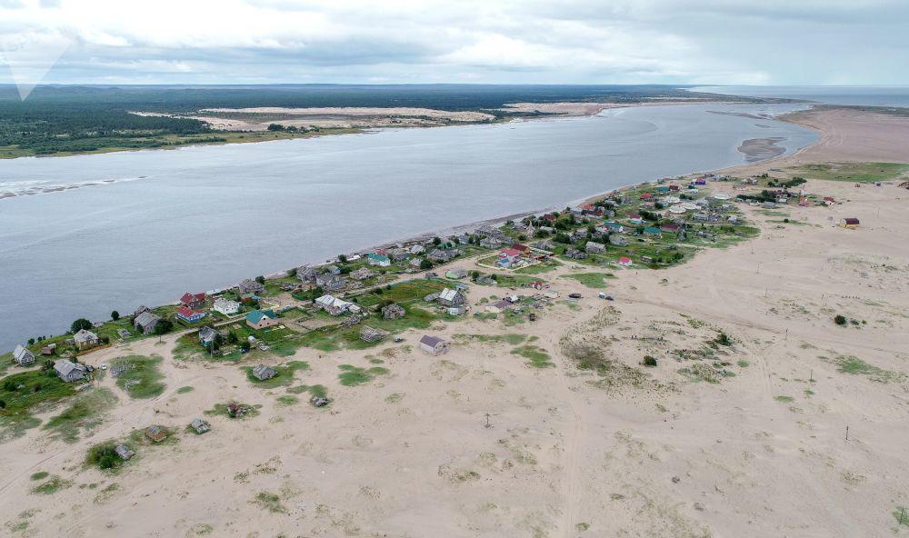 پیشروی کویر به سوی روستایی در استان مورمانسک روسیه
