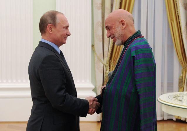 حامد کرزی: دیدگاه من با نظر پوتین مطابقت دارد