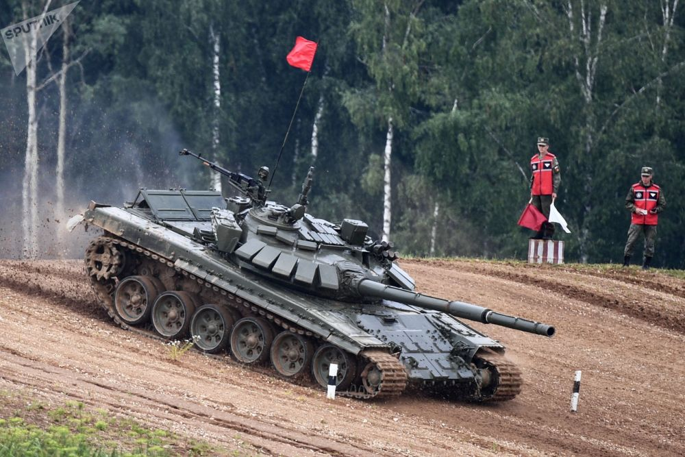 مرحله آخر از مسابقات بیاتلون تانکی که در حومه مسکو برگزار شده بود.