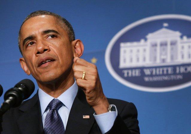 اوباما تحریم ها علیه ایران را یک سال دیگر تمدید کرد