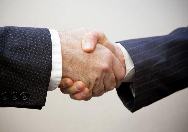 امضای یادداشت تفاهم همکاریهای حمل و نقلی میان روسیه و ایران