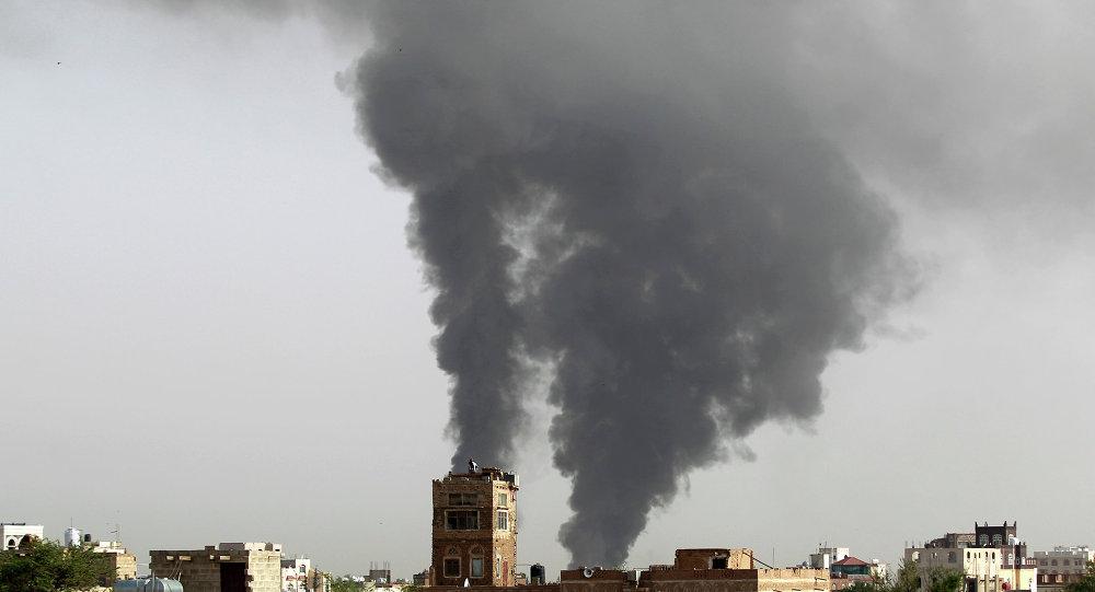 فرودگاه صنعا مورد هدف جنگنده های ائتلاف به رهبری عربستان سعودی قرار گرفت