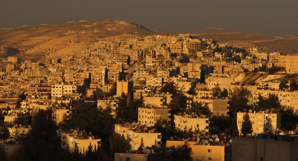 اعتراض ساکنان دمشق به قطع شدن آب توسط شبه نظامیان